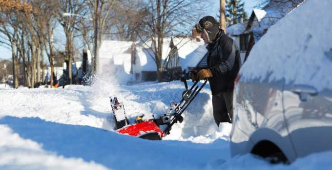 5 Things You Need To Know About Buying A Snowblower